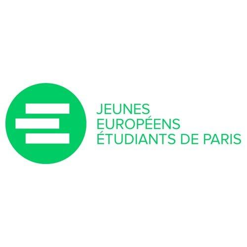Jeunes européens étudiants de Paris
